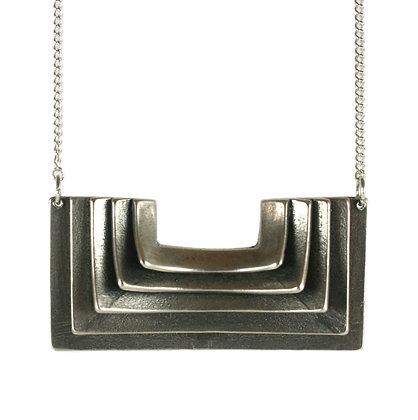 Atonia necklace-silver