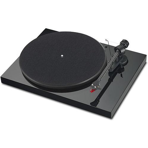 Gramofon Pro-Ject Debut  Carbon EVO high gloss black 2m red Gramofon
