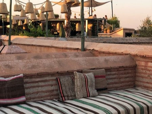 How to build a Moroccan-inspired outdoor seating in 10 mins