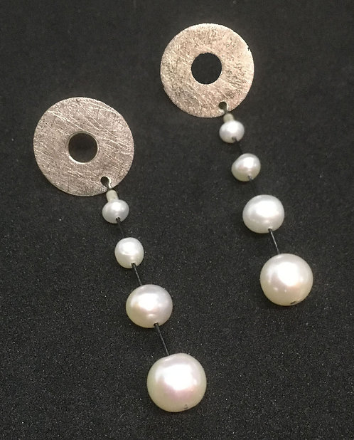 Suzanne Linquist Pearl and Silver Bead Earrings