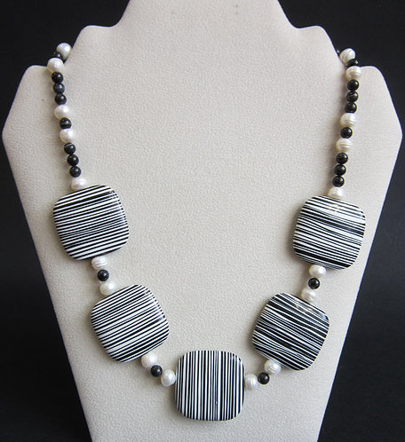 Galloway Black & White Necklace
