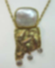 Louthan pearl necklace.jpg