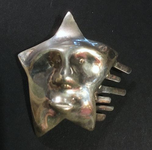Nomi Silver Star Pendant/Brooch