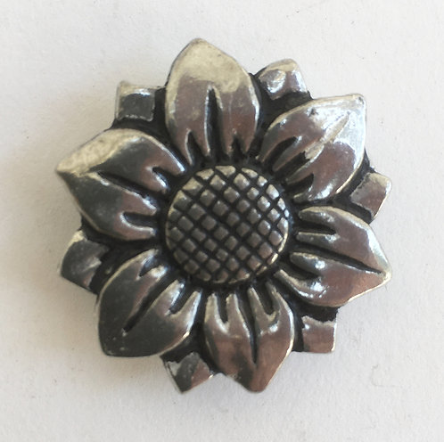 Basic Spirit Pewter Flower Magnets
