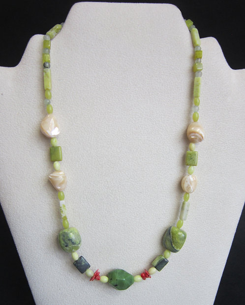 Galloway Coral Chip Necklace