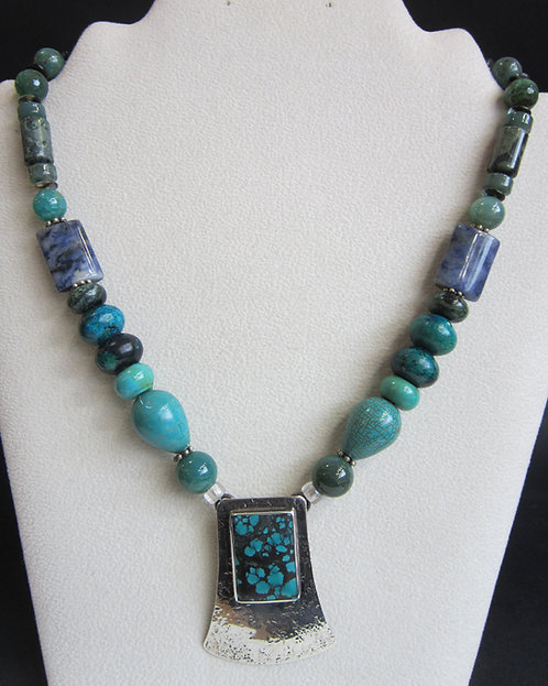 Gicker Turquoise Necklace