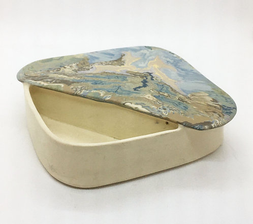 Leung - Rubenstein Porcelain Ikebana #1