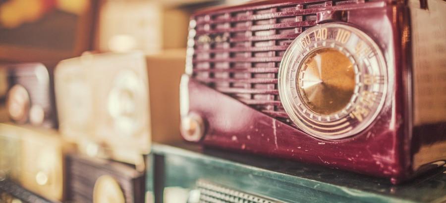 La radio en la cocina y la cocina en la radio