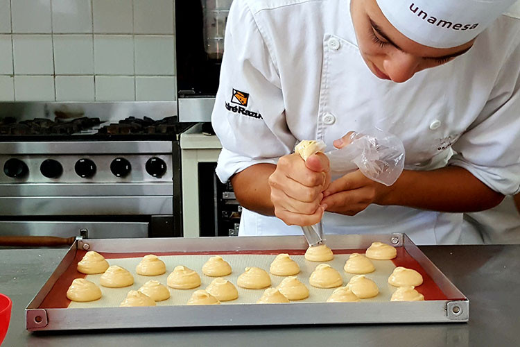Clase de pastelería con Julía Domínguez.