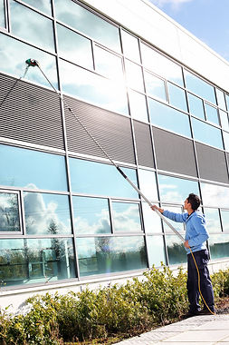 commercial window cleaning.jpg