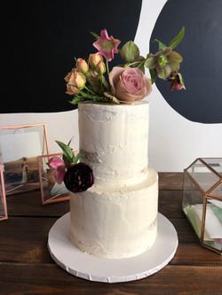 modern simple wedding cake