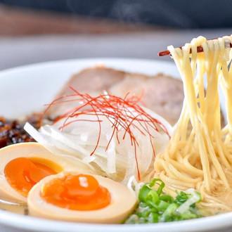 日式料理/ 雞玉錦拉麵