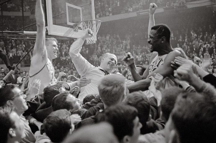 Tommy_Heinsohn_Red Auerbach_Bill_Russel_Boston_Celtics_NBA_Around_the_Game