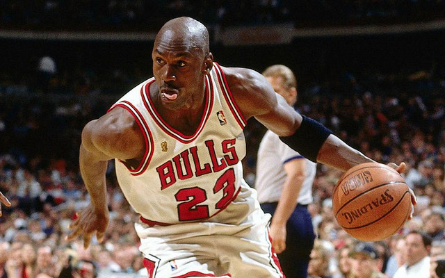 Michael_Jordan_Chicago_Bulls_NBA_Around_the_Game