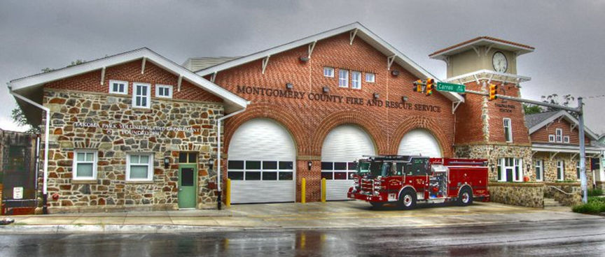 Engine 702 in front of Station 2