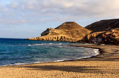 Andalusiennet.de-Playa-de-los-Genoveses-Cabo-de-gata.jpg