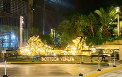 BOTTEGA VENETA  Gold Chain POP-UP Gateway TOKYO