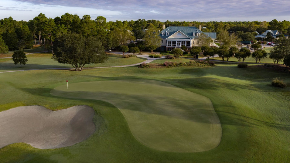 CAROLINA NATIONAL GOLF COURSE CLUBHOUSE