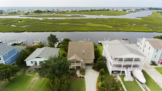 111 W Island Drive, Oak Island