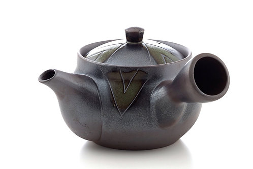 Traditional JapaneseTea Pot