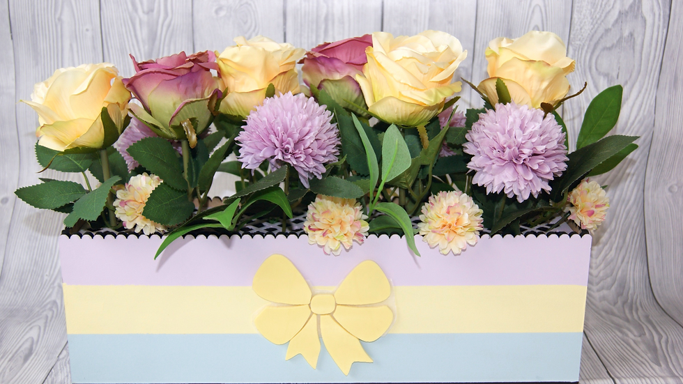 Pastel rose table centrepiece