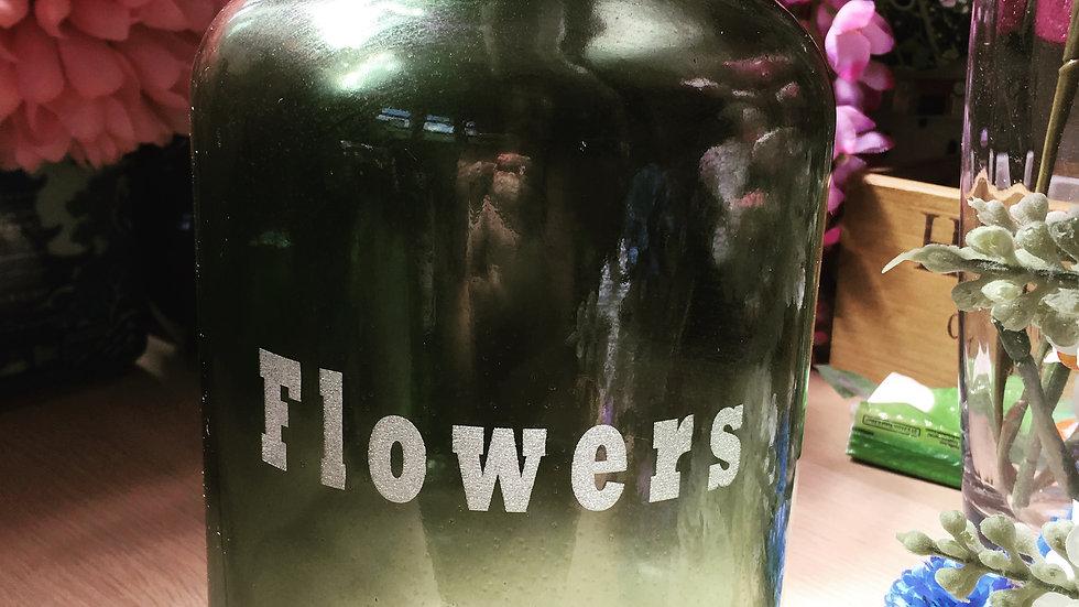 Personalised engraving for vase