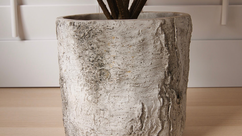 Birch effect planter pot