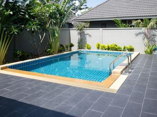Pool Paving // Stonework