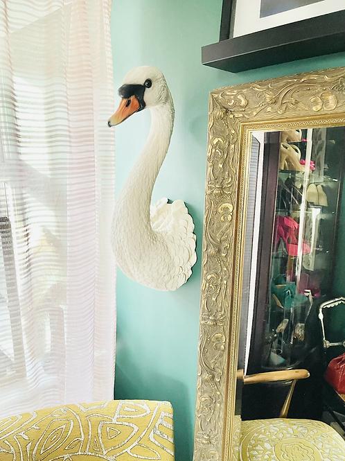 Selena the Swan wall head