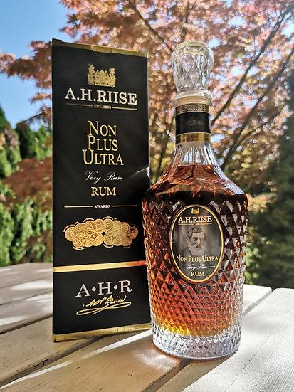A.H. Riise Non Plus Ultra Very Rare 42,0% 0,7 l
