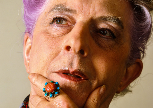 Color photo of gender-bending entertainer Quentin Crisp