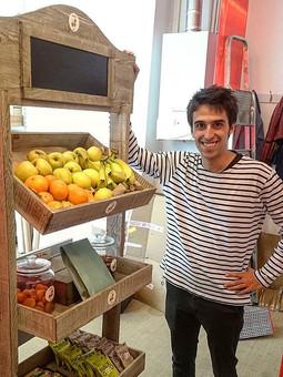 corner de fruits, fruits secs, snacks et boisson au bureau à paris et ile de france