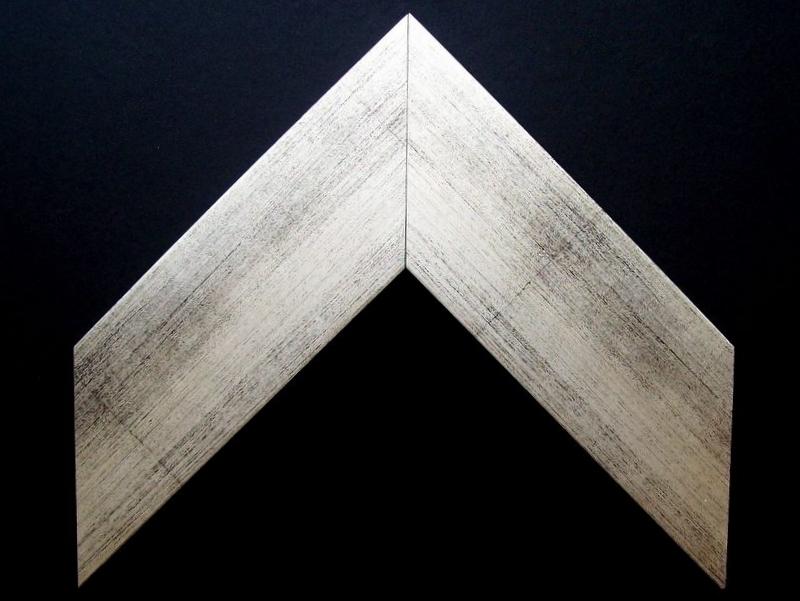Moldura Folhada - 5914-179 - H 1,5cm x L 5,8cm.JPG