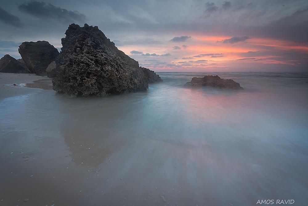 חוף אולגה שמורת חוף גדור