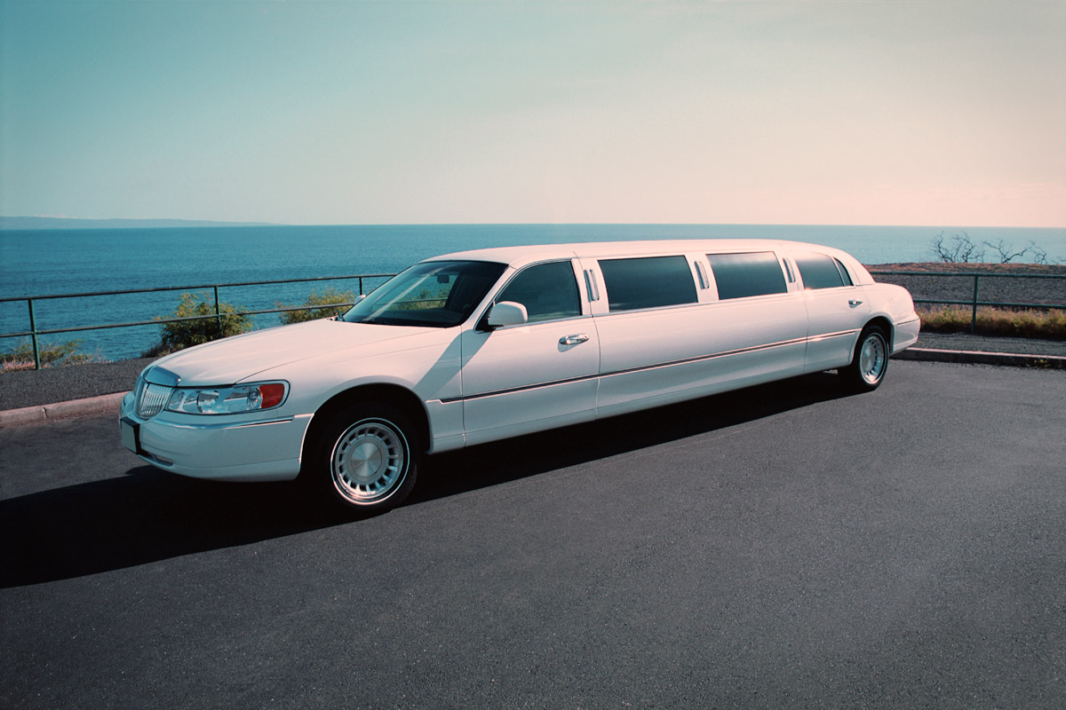 White Limousine in washington dc
