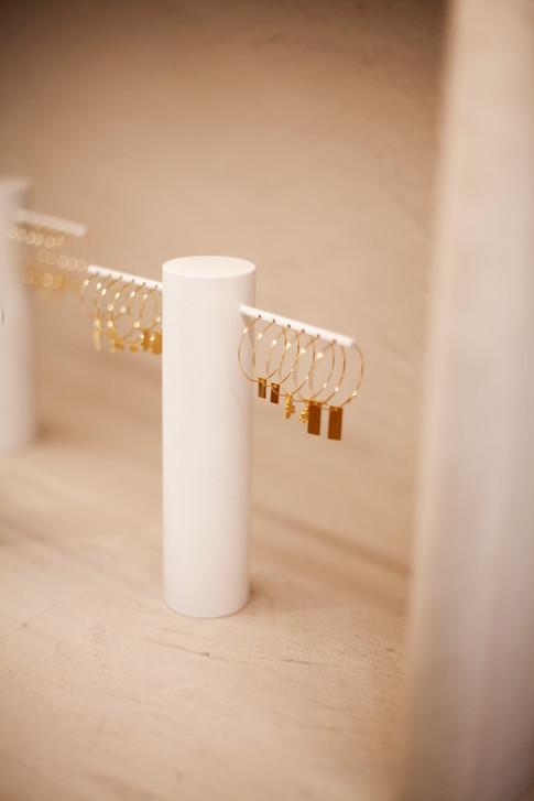 Velvet_Store_Peelvrouw_jewelrypresentation