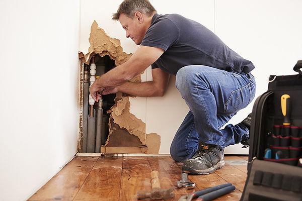 Friendly Green Services | Maintenance & Repairs - Lufkin TX Handyman | Home Repairs |  Fences | Decks | Roofs | Concrete | Drywall | Tile | Leaks | Plumbing |  Electrical | Furniture | Hardwood Floors | Ceiling Fans | Welding