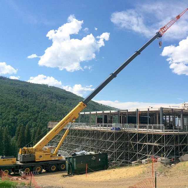 Beaver Creek grandstand tear down.jpg 131ft of Boom & 59 ft of jib