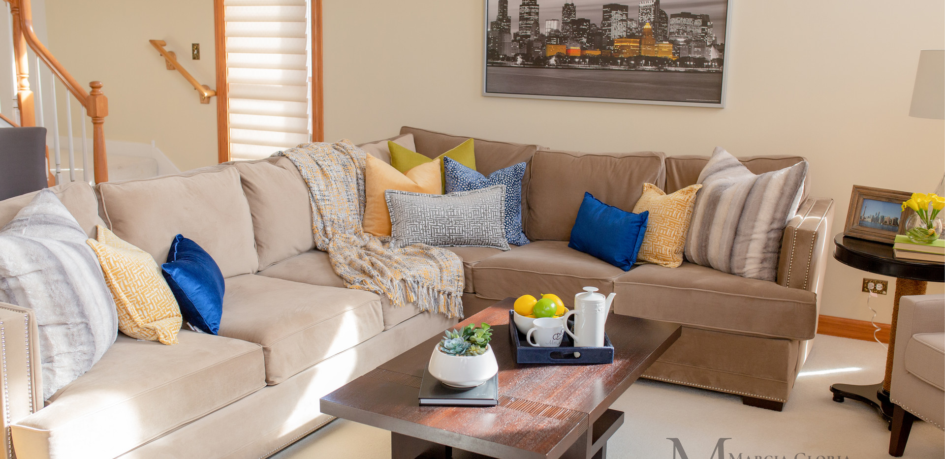 Living Room Staging - Marcia Gloria Staging & Redesign