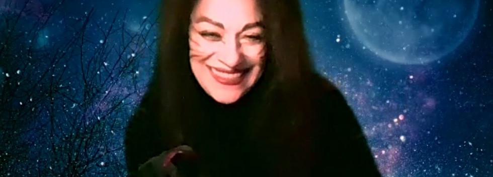 Cheshire Cat smiling.jpg