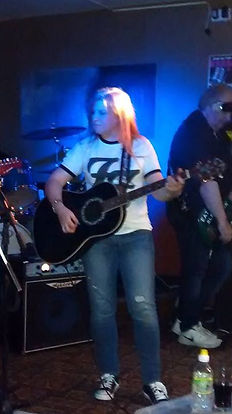 Messenger South Cheshire rock covers band