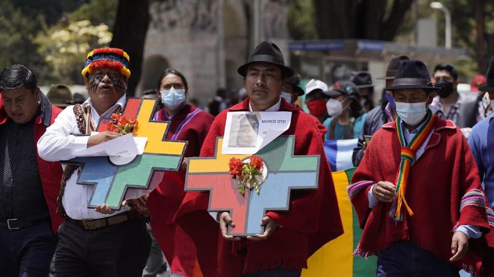 Marcha de la Conaie por las calles de Quito, el 12 de octubre de 2020. - Foto: API