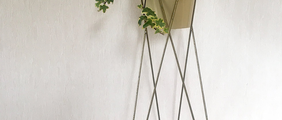 Hairpin Style Tall Plant Stand