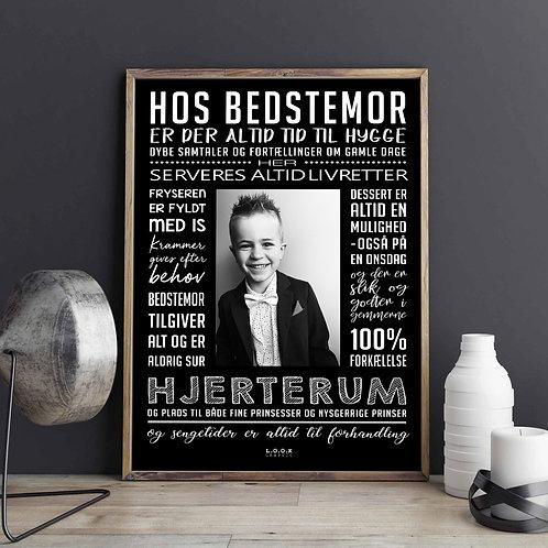 Hos BEDSTEMOR-plakat