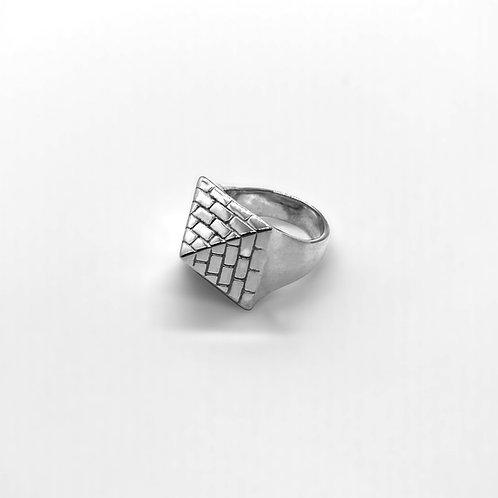 Pyramid Ring Silver