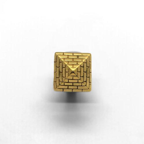 Pyramid Ring 9ct Gold