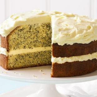 Vanilla Poppy Seed cake with cream chees