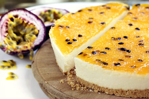 Baked cheese cake with granadilla topping
