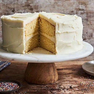 Vanilla Cake with butter cream or chocolate butter cream