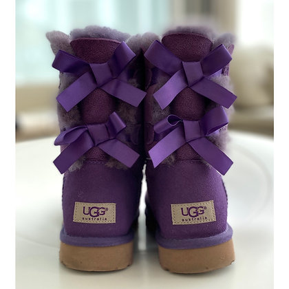 """UGG"" boots"